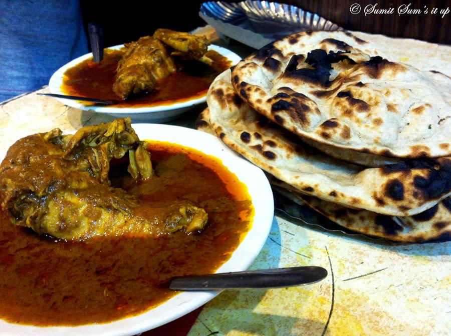 The famed Chicken Curry & Crisp Tandoori Rotis