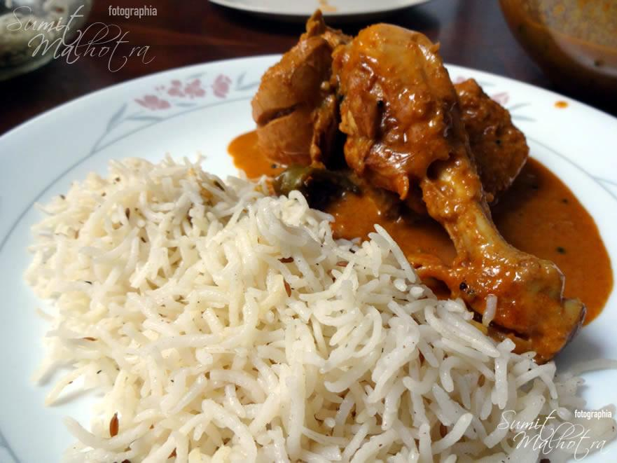 Serve East Indian Bottle Masala Chicken Curry with Rice