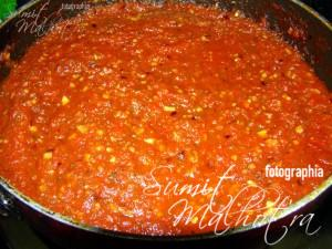 Homemade Pizza Sauce is ready