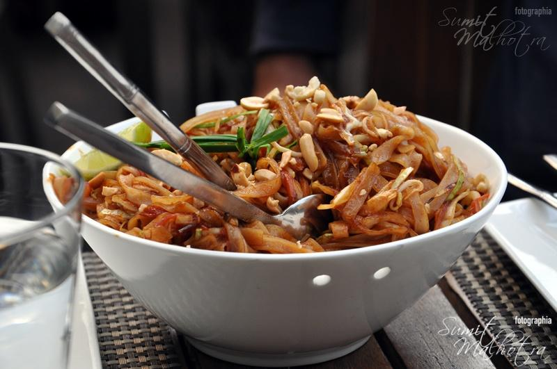 Soy Khan Market: Pan Fried Noodles