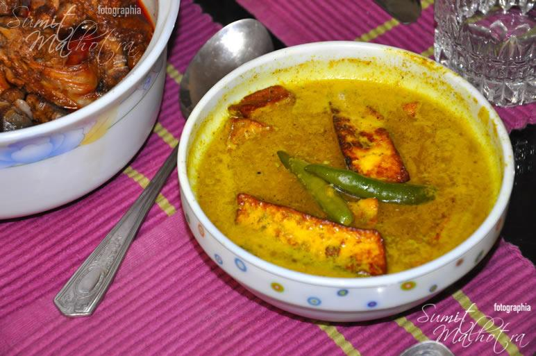 Kashmiri Cottage Cheese in Yellow Gravy