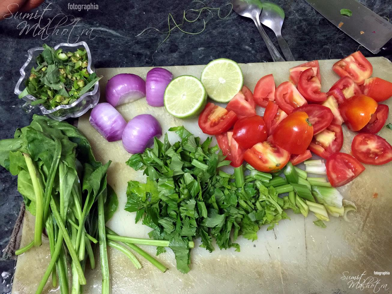 Clean & Chop - Tomatoes, Onions, Celery, Spinach