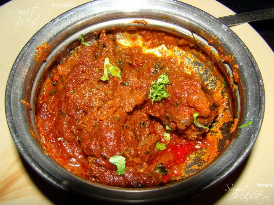 Bhuna Gosht at Harasar Haveli