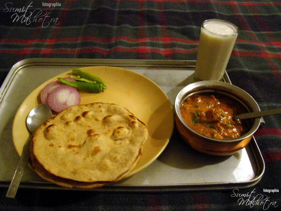 Modest Lunch - Gatta Kadhi & Rotis