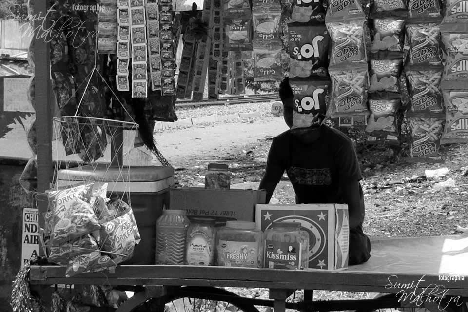 Street Seller at Neem Ka Thana
