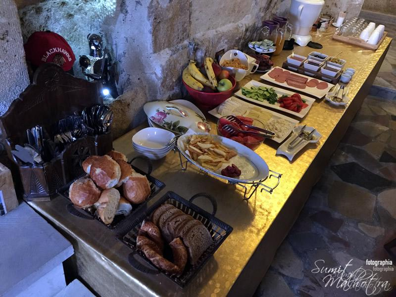 Breakfast Spread at Castle Inn