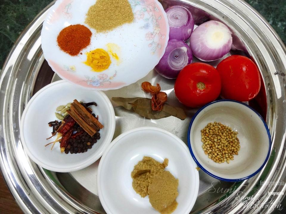 All ingredients for Matka Murgh Dahiwala put together