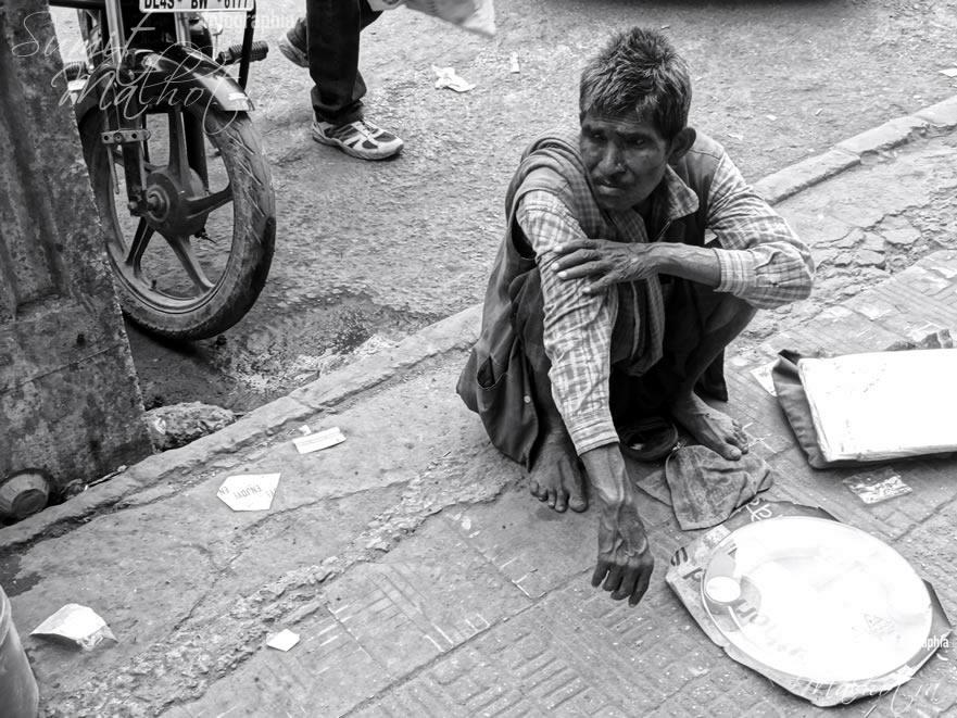 The Weight Checker - Streets of Chandni Chowk