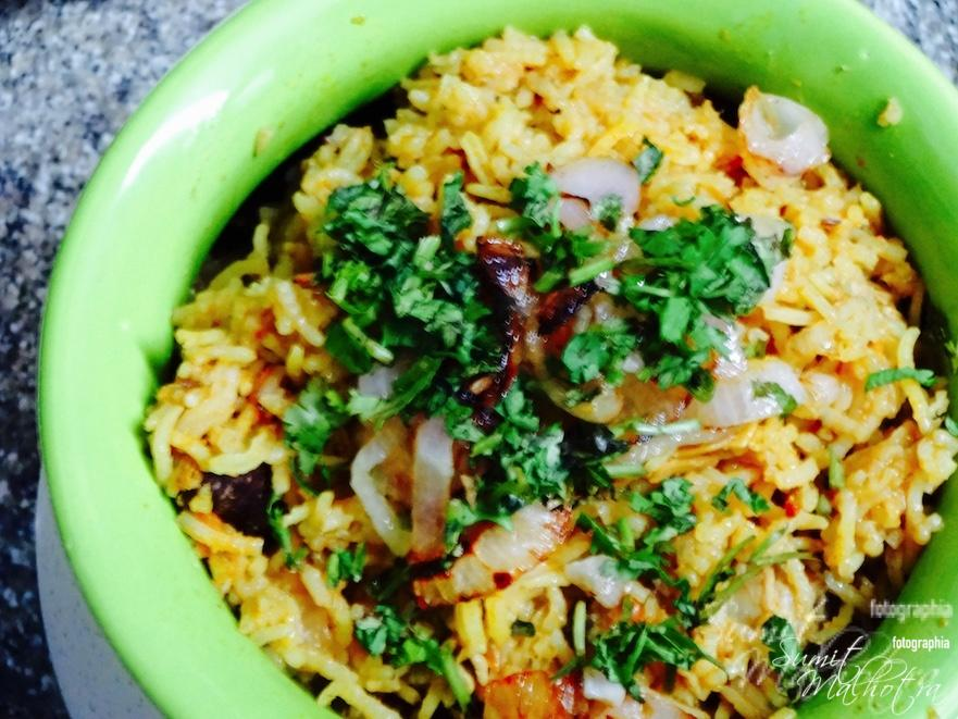 Chicken Pulao or Curried Chicken & Rice One Pot Meal. Serve garnished with fresh, chopped coriander.