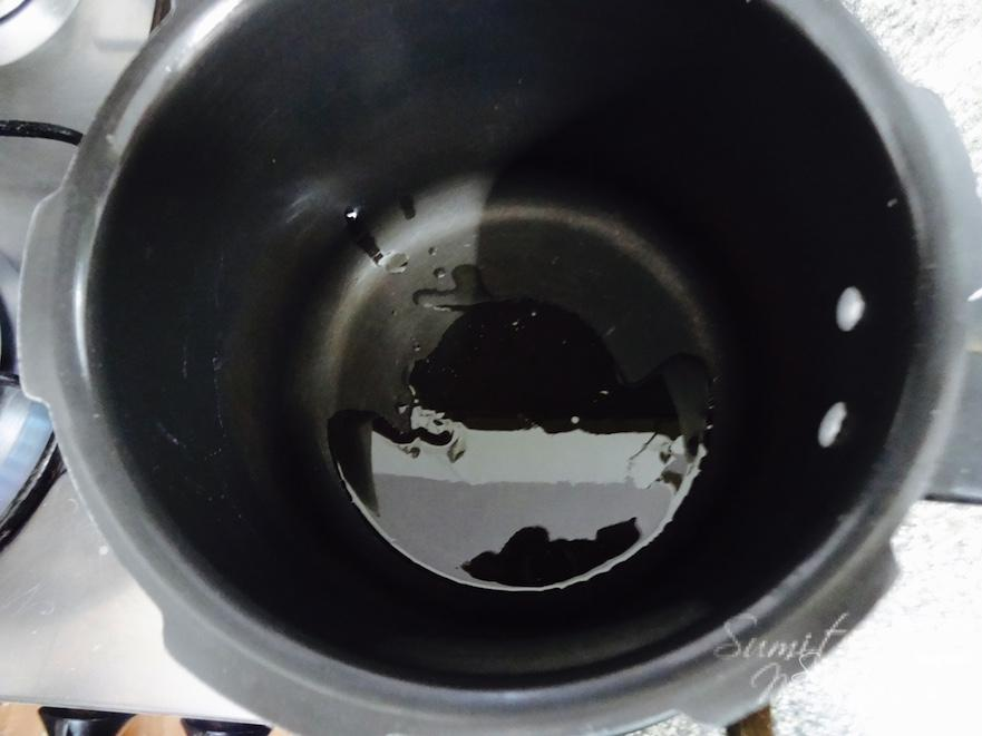 Heat ghee in a thick bottomed pan