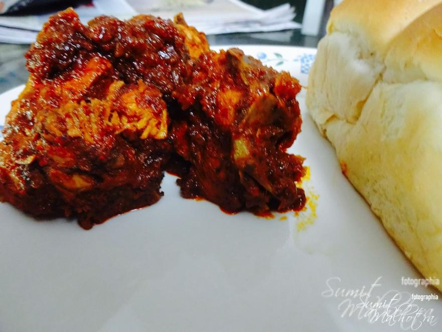 Chicken Vindaloo with Pao