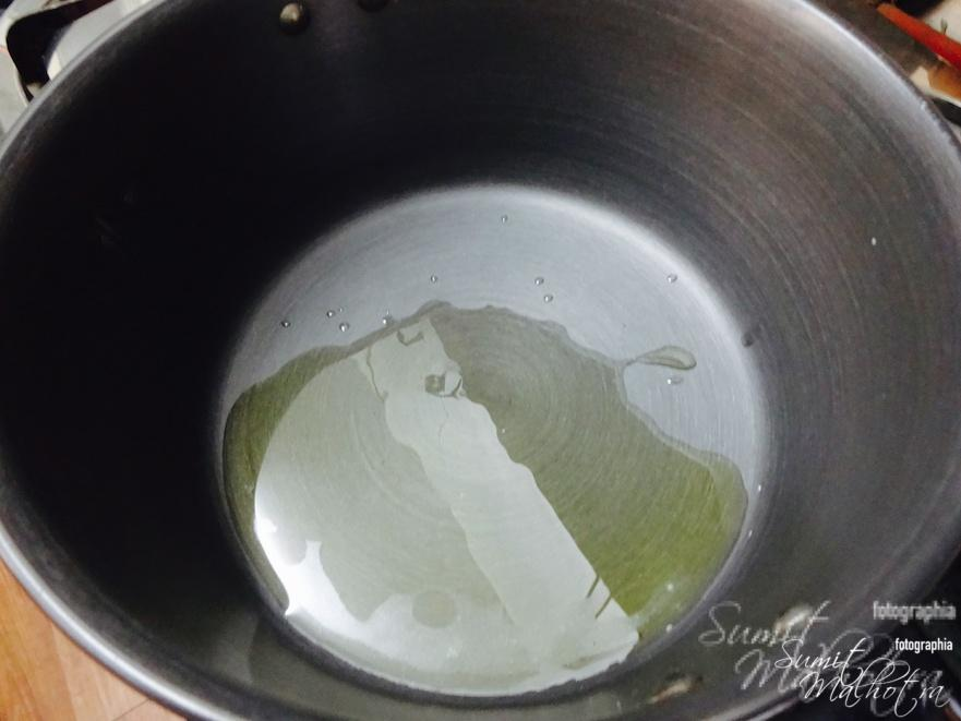 Heat three tablespoons of ghee in a pot