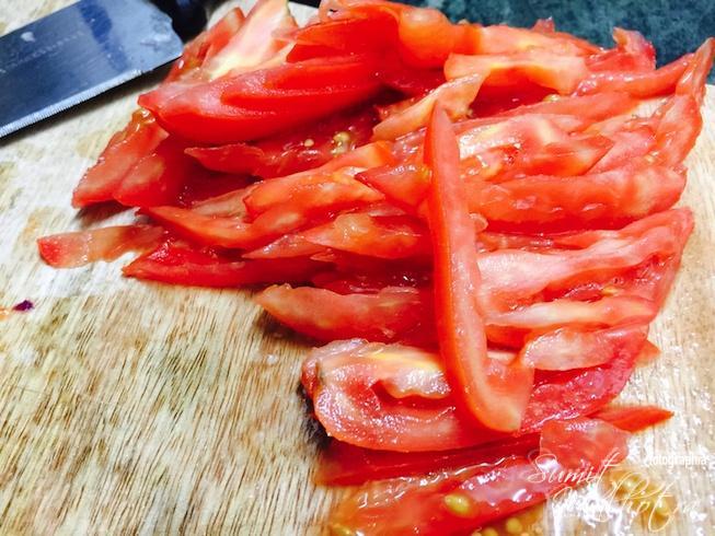 Slice tomatoes