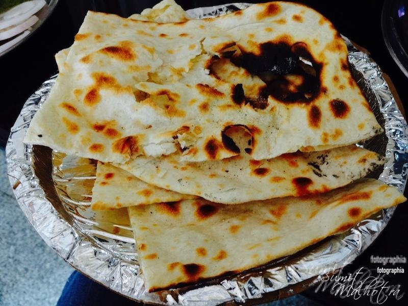 Crunchy Tandoori Naans