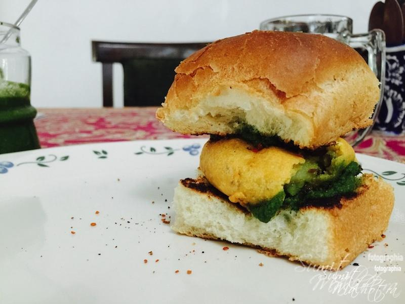 Vada Pav Good to Go with Garlic Chutney