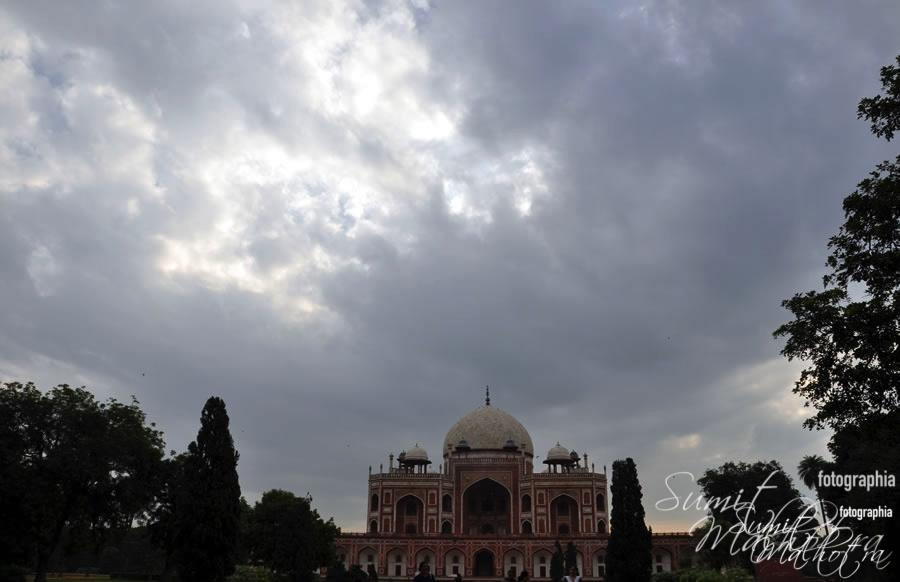 Humayun's tomb in Delhi, built 1562-1571