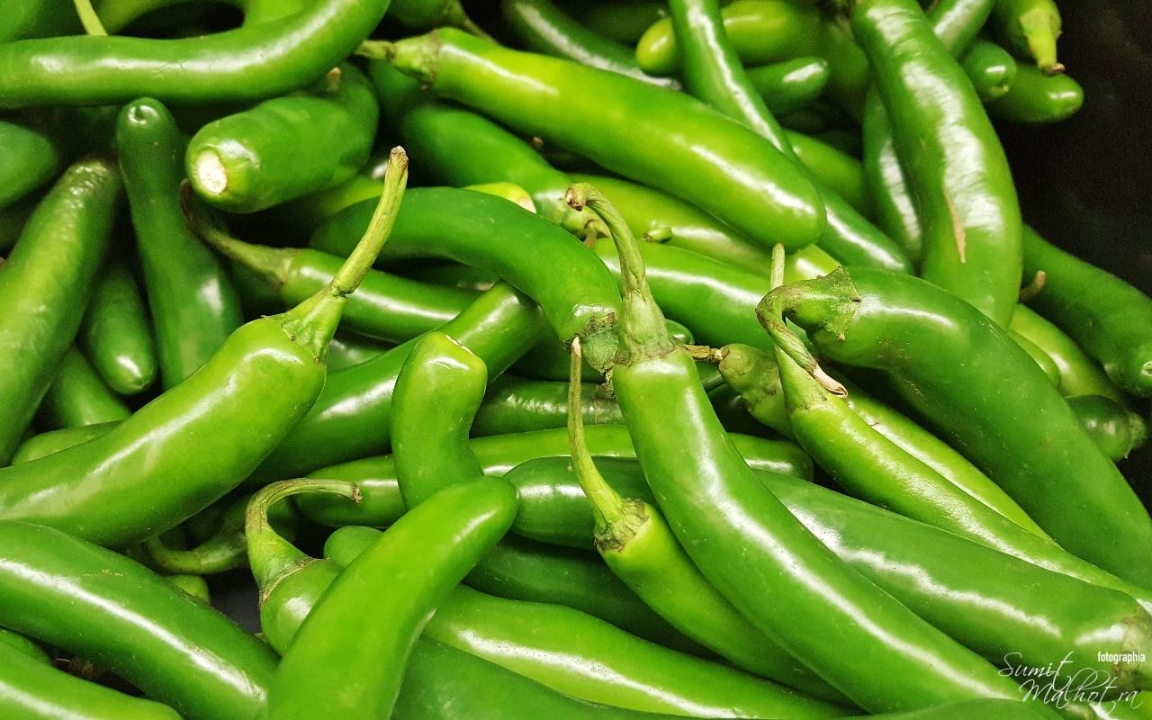 Green Chillies for Pickles