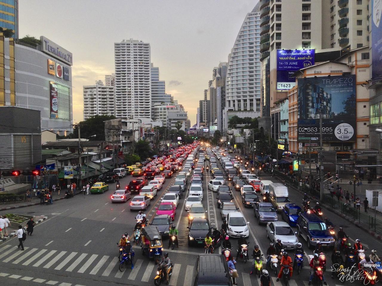 Sukhumvit-road-bangkok