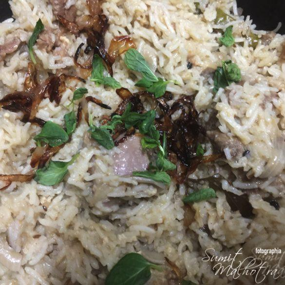 Gosht Yakhni Pulao is Ready
