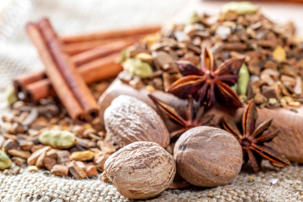 Health Benefits of Nutmeg, Jaiphal ke Fayde