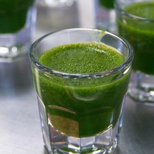 Detoxifying green shot recipe
