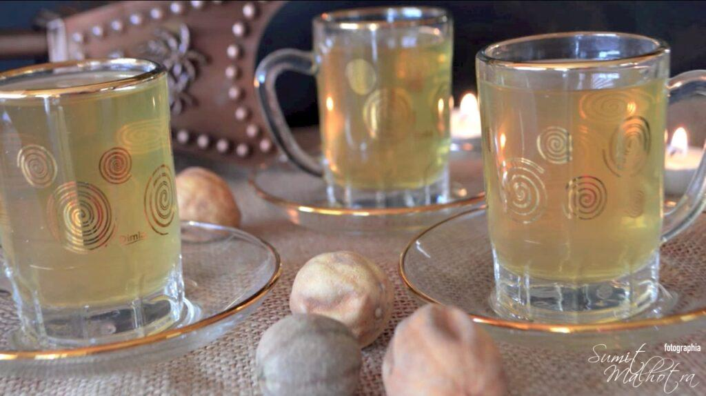 How to make Loomi Tea or Black Lime Tea (Citrus aurantifolia)