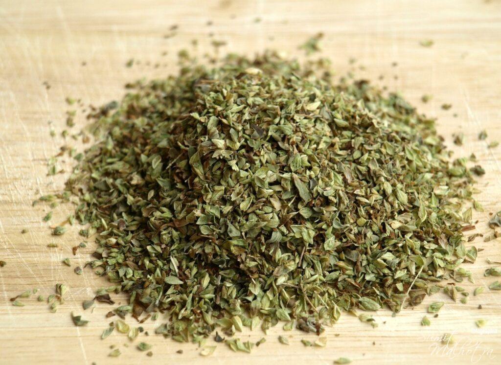Dried Oregano (Origanum vulgare)