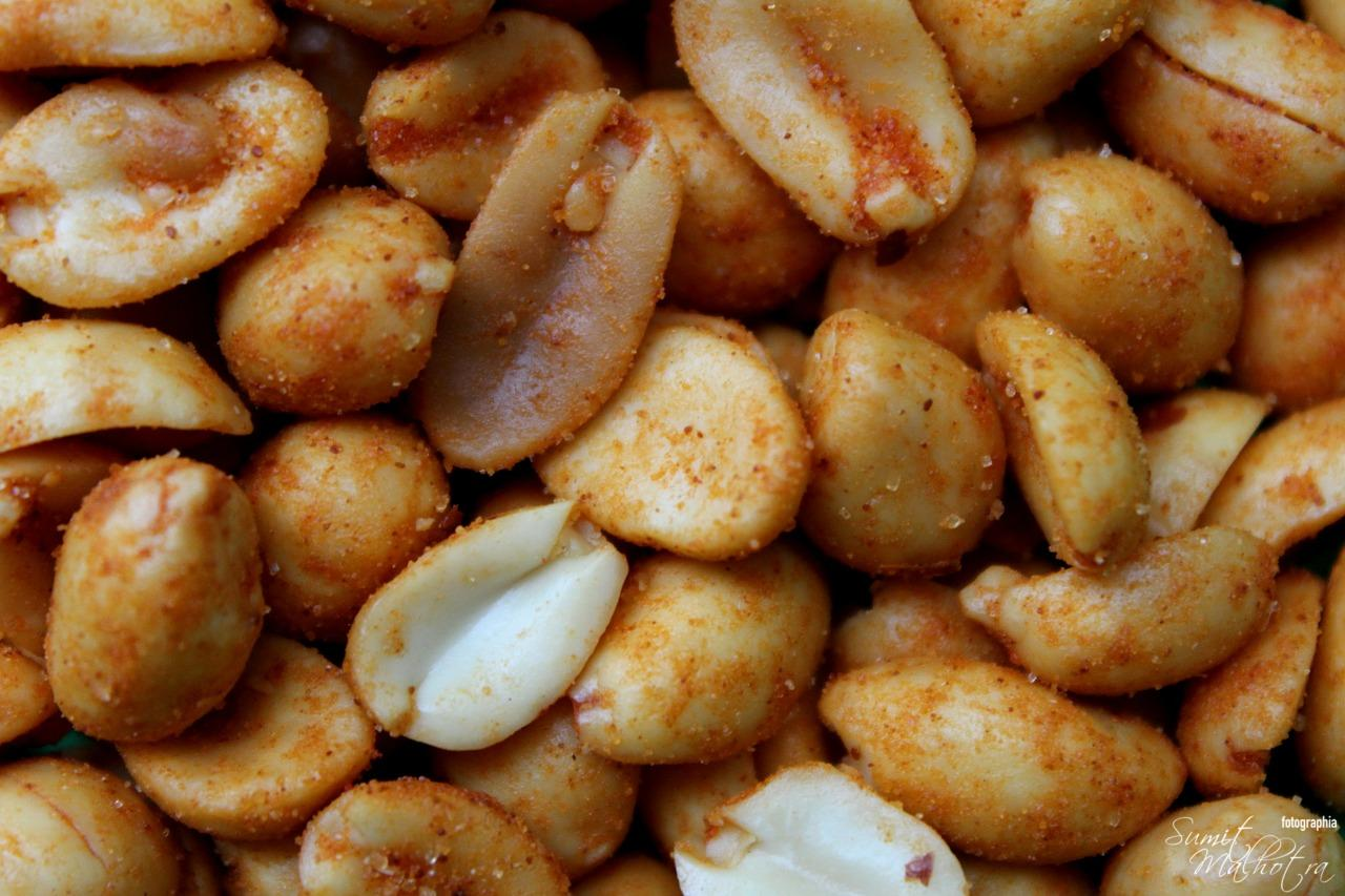 Spicy Peanuts   Spanish Spiced Peanuts   Cacaheutes can sal picante Tapas
